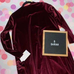 NWT Lularoe Velvet Sarah